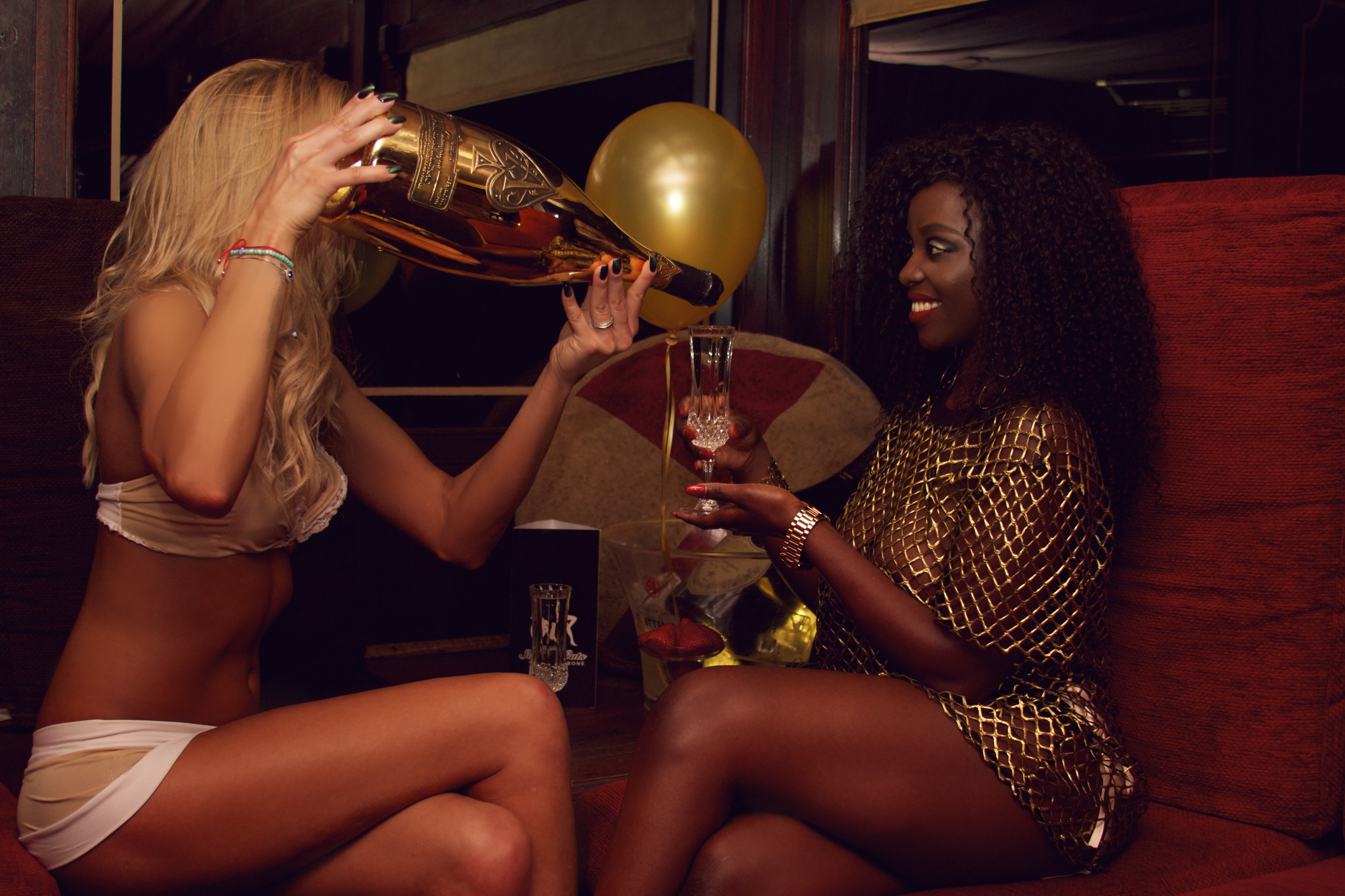 strip_club_london_sophisticats_champagne_gentlemensclub
